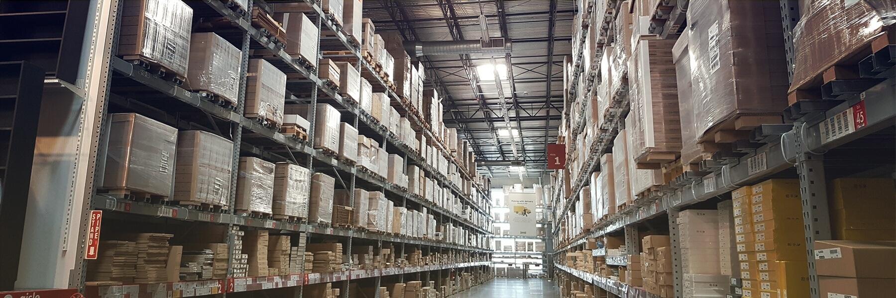 Quais produtos de construção são quimicamente compatíveis com o CPVC Corzan® ?