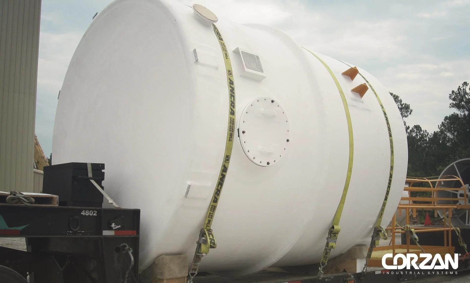 B&D-IPEX-Corzan-CPVC-dual-laminate-tank-642884-edited
